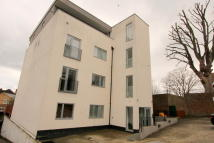 Apartment for sale in Cheam,  SM3