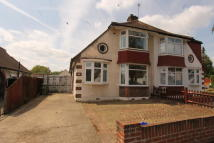 3 bed semi detached house in Cheam,  SM3