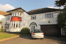 5 bed Detached home in South Cheam, SM2