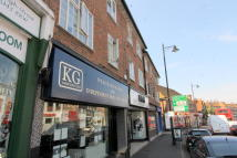 2 bed Flat in  Cheam,  SM3