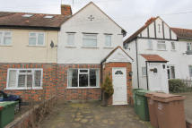 3 bedroom End of Terrace property in Cheam Surrey, SM1