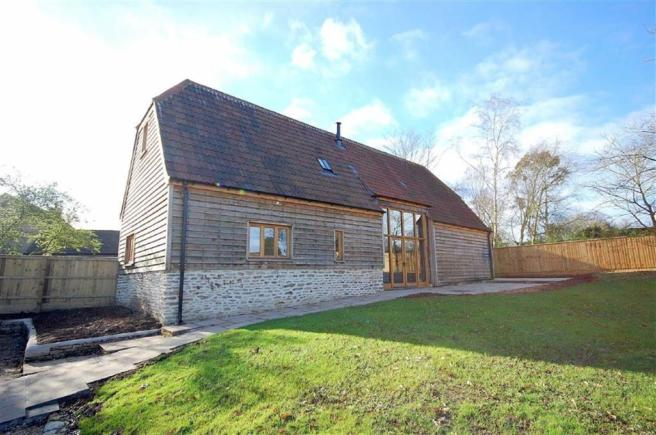 3 bedroom barn conversion for sale in the black barn for 3 bedroom barn house