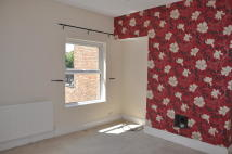 2 bedroom Flat to rent in Beaconsfield Street...
