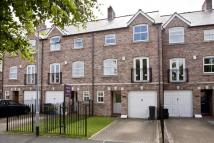 Town House to rent in NORTH GRANGE COURT...