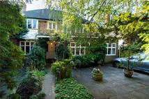 5 bedroom Detached property in Christchurch Road...