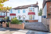 4 bedroom semi detached house in Richmond Park Road...