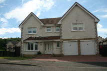 Detached home in Ladeside Gardens...