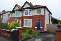 Ground Flat to rent in Chester Avenue...