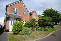 3 bedroom Detached property to rent in Ruthin Drive...