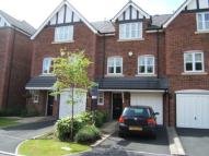 3 bed Town House to rent in Farriers Way...