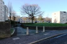2 bed Flat to rent in Russell Drive, Ayr...