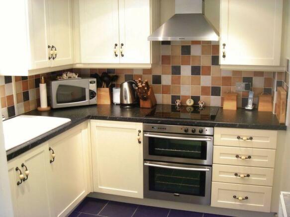 Kitchen - Dais...