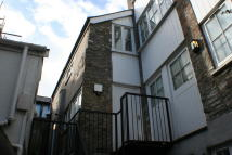 1 bedroom Maisonette to rent in Flat 5...