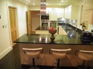 5 bed new property in Kings Wood Park, Epping...