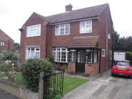 4 bed semi detached property for sale in Barnfield, Epping, CM16
