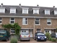 4 bedroom Town House to rent in Theydon Grove, Epping...