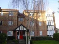 2 bed Flat in Woodland Grove, Epping...