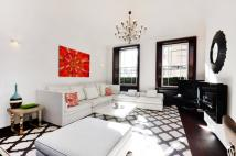 Flat for sale in Hays Mews, Mayfair, W1J