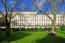 3 bed Flat for sale in Hyde Park Gardens...