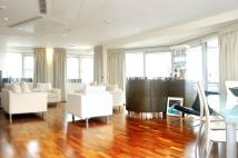 3 bedroom Flat to rent in West End Quay...