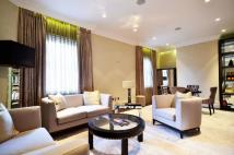 2 bedroom Flat in Berkeley Street, Mayfair...