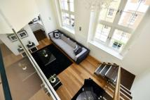 Flat to rent in Barrett Street, Mayfair...