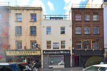 Flat to rent in Berwick Street, Soho, W1F