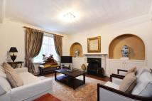 2 bedroom Flat to rent in Chesterfield House W1...
