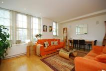 Flat to rent in Piccadilly, Mayfair, W1J
