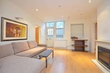 2 bed Flat in Hyde Park Place...