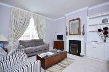 Flat to rent in Reeves Mews, Mayfair, W1K