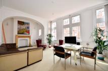 Flat to rent in South Audley Street...