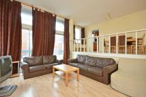 2 bedroom Flat to rent in The Water Gardens...