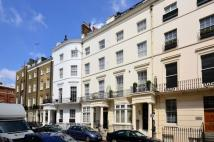 2 bed Flat in Stanhope Place...