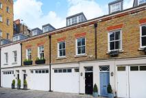 4 bed home to rent in Conduit Mews...