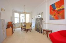 2 bed Flat in Berkeley Street, Mayfair...