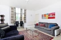 Flat in Hyde Park Place...