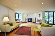 2 bedroom Flat in Bourchier Street, Soho...