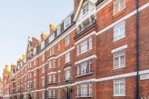Flat to rent in Cavendish Buildings...