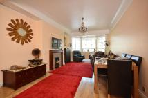 2 bed Flat in Albion Street, Bayswater...