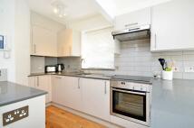 Studio flat to rent in Shepherd Market, Mayfair...