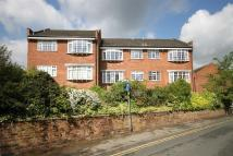 Apartment to rent in Richmond Road, Bowdon...