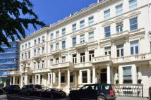 3 bedroom Flat for sale in Earls Court Square...