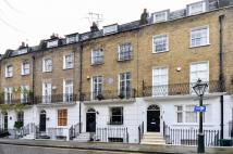 4 bed house in Brompton Square, Chelsea...