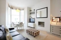 2 bedroom Flat for sale in Fawcett Street, Chelsea...