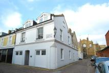 house to rent in Pembroke Mews...