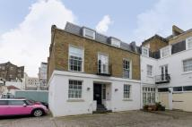 house to rent in Queens Gate Place Mews...