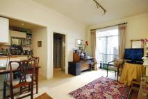 Studio flat in Queens Gate Terrace...