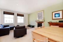 Flat to rent in Queens Gate Place...