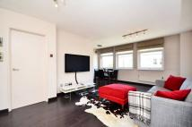 1 bedroom Flat to rent in Elm Park Gardens...